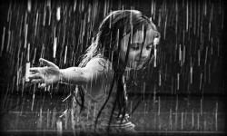Contronotizia Vintage – Ricordo l'odore della terra arida. E un ballo sotto la pioggia.