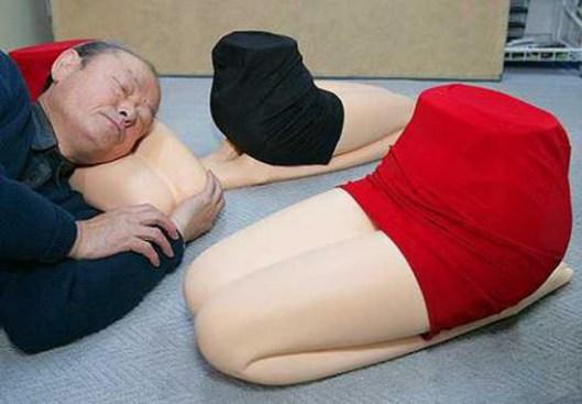 cuscini-gambe-donna